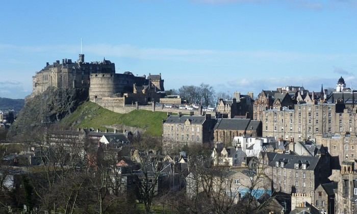 Edinburgh Castle - Largest Castles