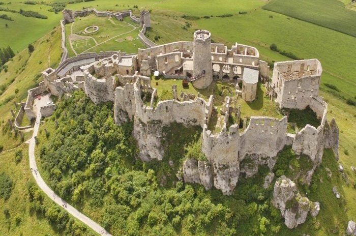 Spis Castle - Largest Castles
